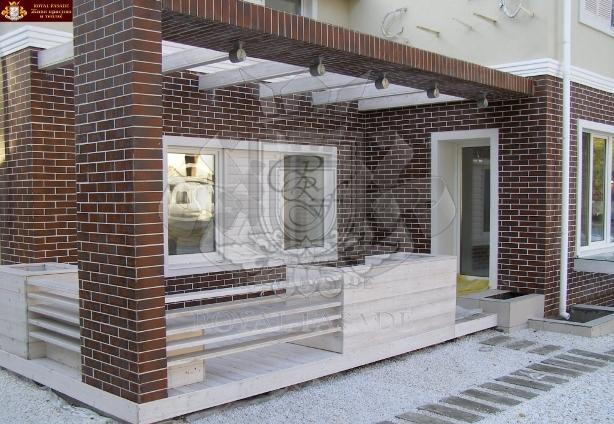 фасад из клинкерной термопанели тм роял фасад